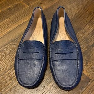NAVY TODS LOAFER